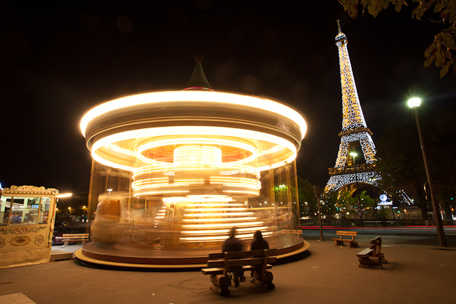 Eiffel tower carousels
